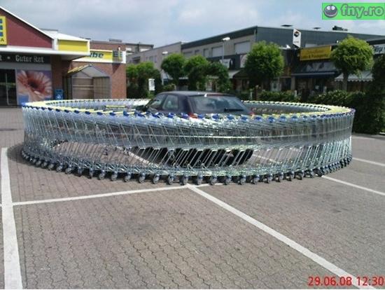 Angajatii de la supermarket imagini haioase